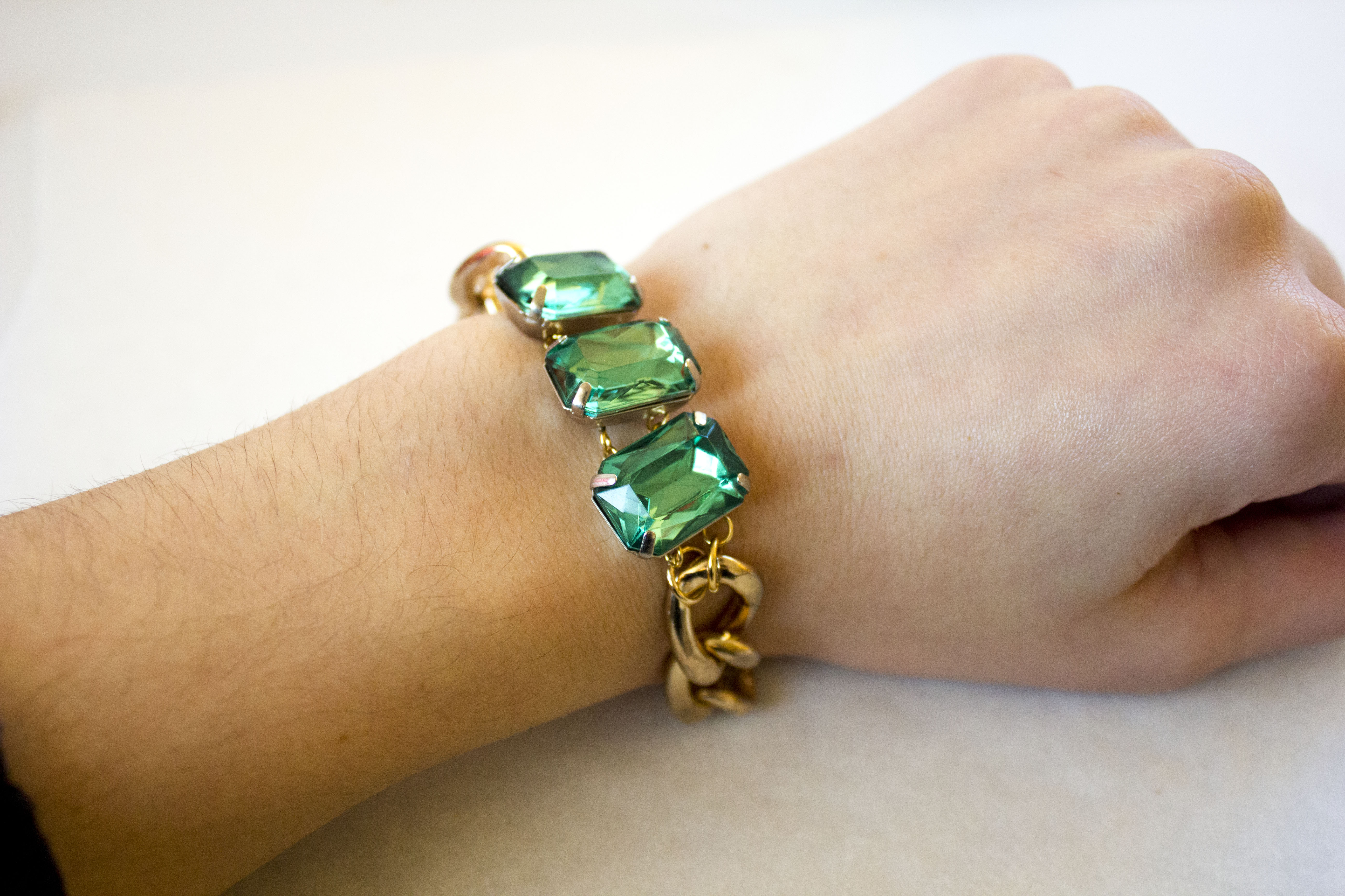 bracelet product t gs evolution row emerald crystal bangle
