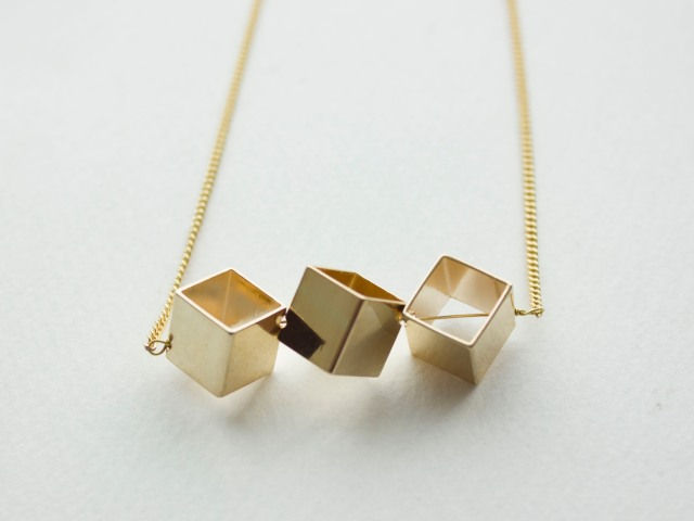 DIY| Cube Necklace